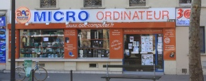 Computer_shop_in_Avenue_Daumesnil_in_Paris_2